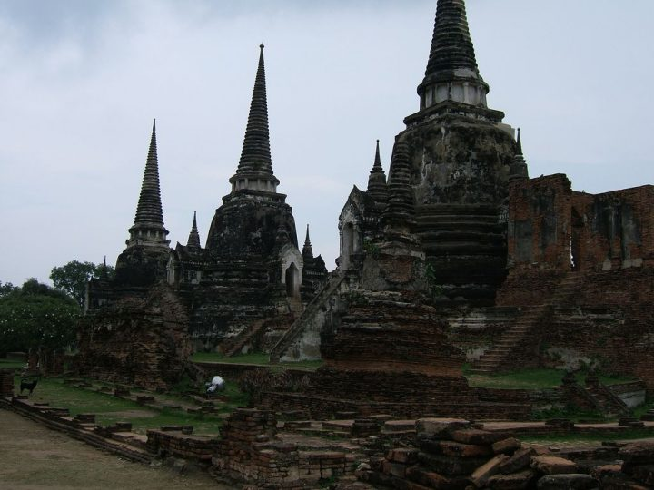 photo credit: Wat Phra Si Sanphet via photopin (license)