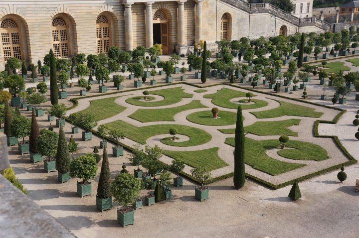 ヴェルサイユの庭園|ヴェルサイユの宮殿と庭園