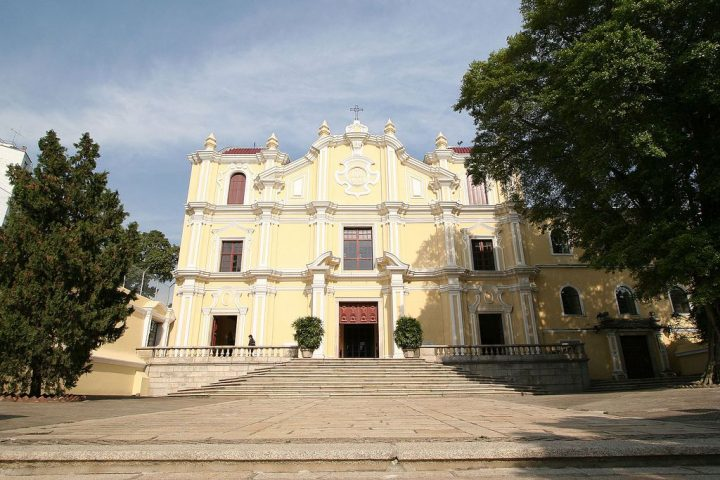 photo credit: Church in Macao - 06 via photopin (license)