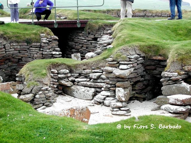 photo credit: Orkney Islands [GB], 2004, Skara Brae. via photopin (license)
