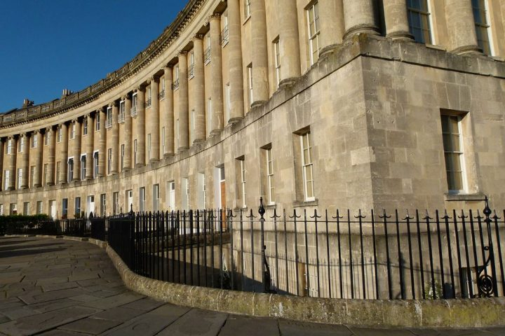 photo credit: Royal Crescent, Bath II via photopin (license)