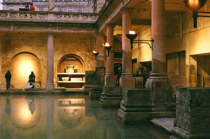 【世界遺産】ローマ浴場博物館(ローマン・バス)|バース市街
