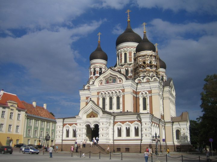 Alexander Nevsky Cathedral via photopin (license)