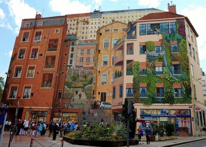 photo credit: Lyon, fresque des canuts via photopin (license)