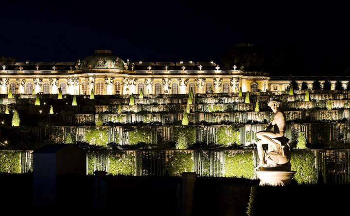 photo credit: des nachts im Park Sanssouci [2] via photopin (license)