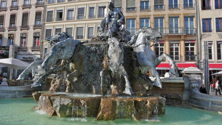 photo credit: Place des Terreaux, Lyon via photopin (license)