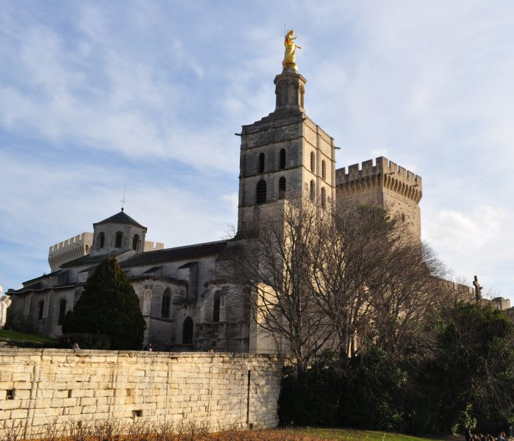 photo credit: Cathédrale Notre-Dame des Doms, Avignon, Vaucluse, Provence. via photopin (license)