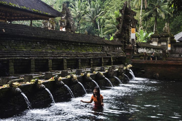 photo credit: Tirta Empul temple, Bali. via photopin (license)