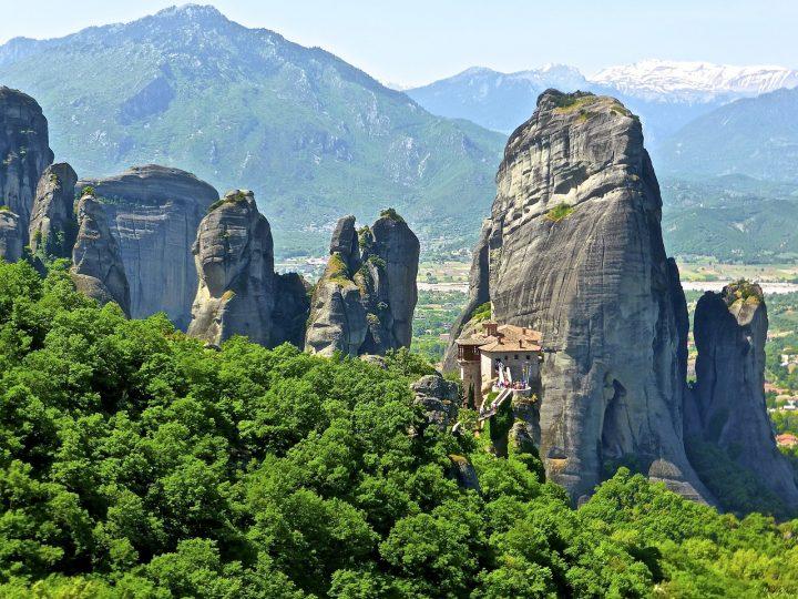 メテオラ|ギリシャ 複合遺産|...