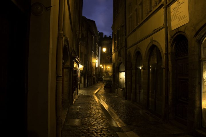 photo credit: Rue Du Boeuf, Vieux Lyon via photopin (license)