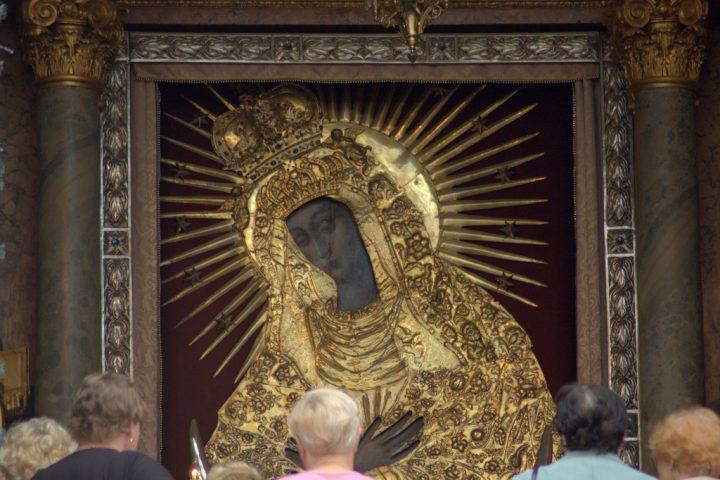Our Lady of the Gate of Dawn via photopin (license)