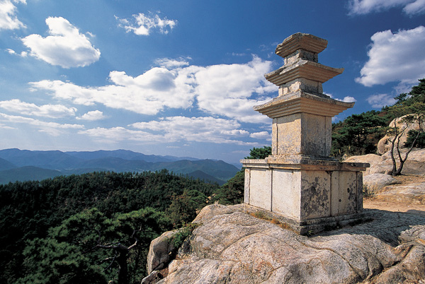 photo credit: gyeongju-namsan-15 via photopin (license)