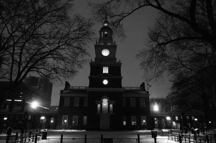 photo credit: snow, independence hall via photopin (license)