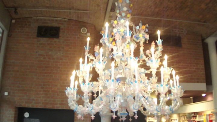 photo credit: Tate Liverpool - Albert Dock - chandelier - HD video clip via photopin (license)