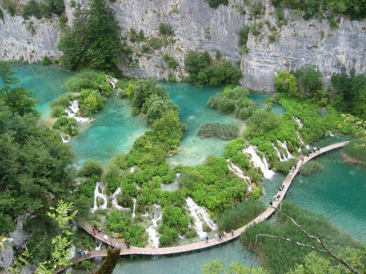 photo credit: Lagos de Plitvice via photopin (license)