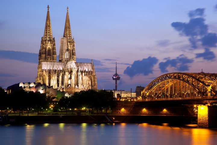 photo credit: Cologne Cathedral and the Hohenzollern Bridge via photopin (license)