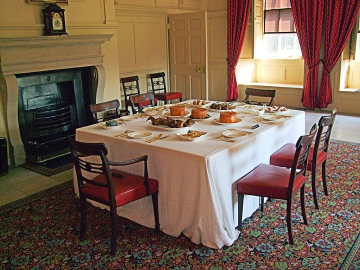 photo credit: King George III's Dining Room At Kew Palace - London. via photopin (license)