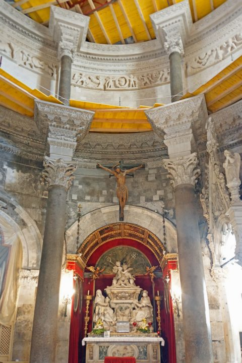 photo credit: Croatia-01248 - Altar (1427) via photopin (license)