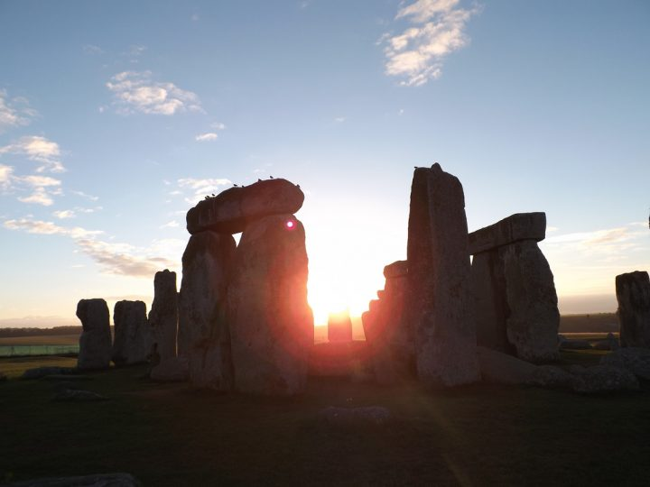 photo credit: Stonehenge-sunrise-access-2013 (39) via photopin (license)
