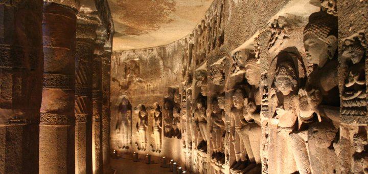 アジャンターの石窟寺院群