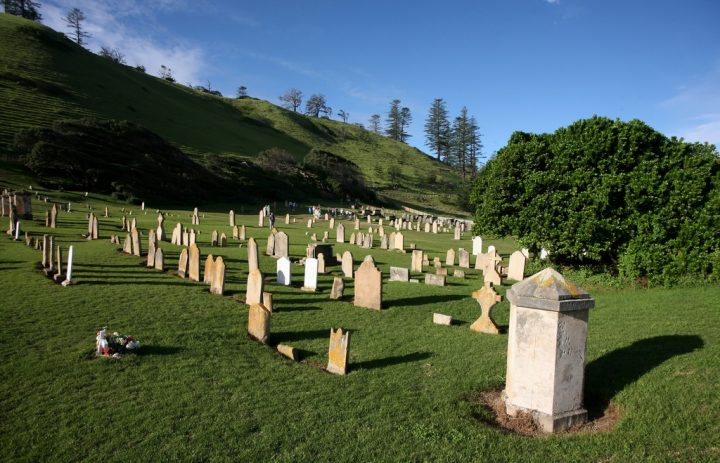 photo credit: NORFOLK ISLAND CEMETERY (123) via photopin (license)