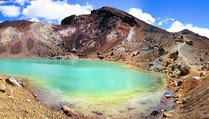 photo credit: Emerald Lakes Panorama via photopin (license)