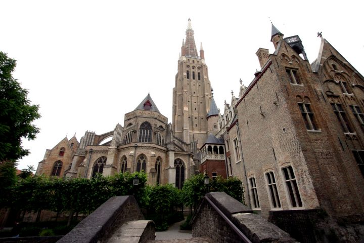 photo credit: Onze-Lieve-Vrouwekerk, Brugge via photopin (license)