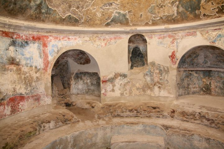 photo credit: Stabian Baths, Pompeii via photopin (license)