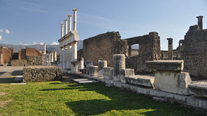 photo credit: Pompeii excavations, Province of Naples via photopin (license)