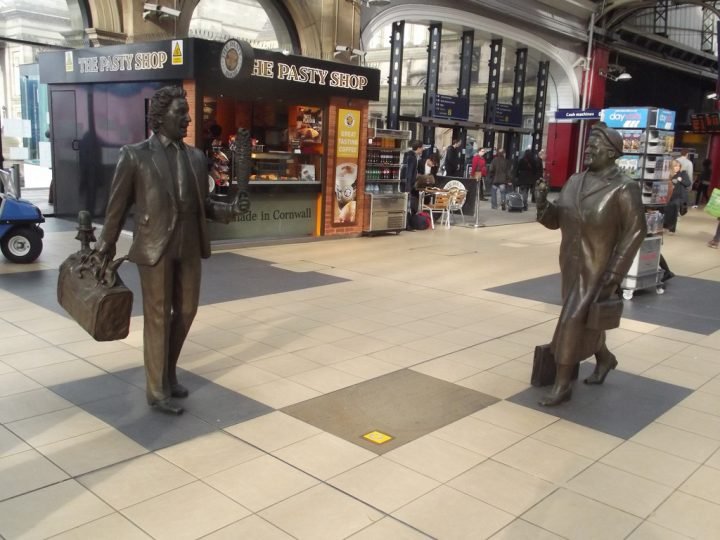 photo credit: Liverpool Lime Street Station - bronze statues - Ken Dodd and Bessie Braddock MP via photopin (license)