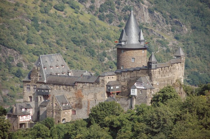 photo credit: Die Burg Stahleck in Bacharach via photopin (license)