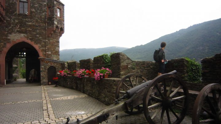 photo credit: Burg Reichenstein, Trechtingshausen, Germany via photopin (license)