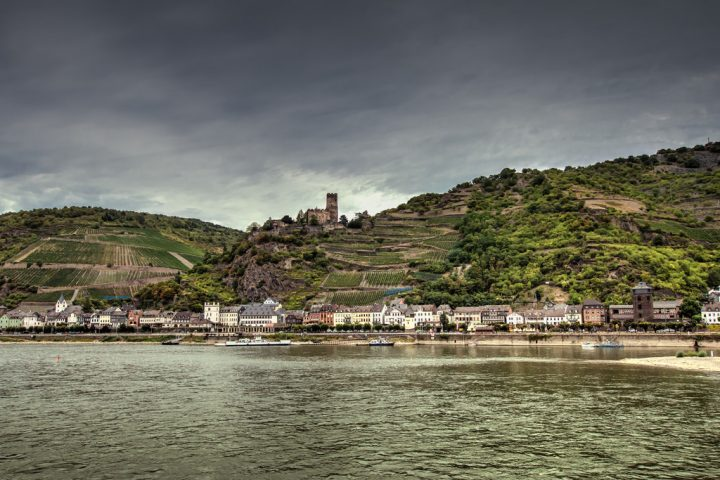 photo credit: Am Rhein - At the River Rhine via photopin (license)
