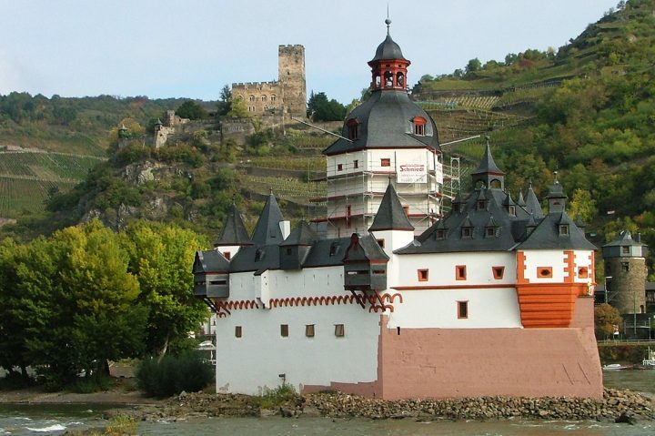 photo credit: Burg Pfalzgrafenstein via photopin (license)