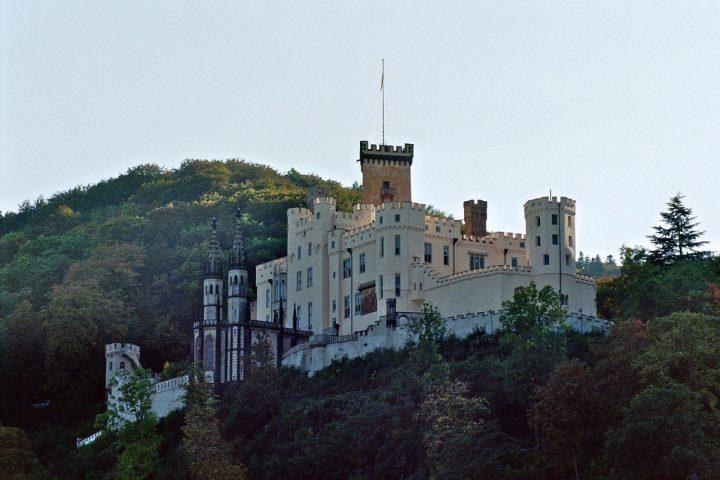 photo credit: Schloss Stolzenfels, Koblenz (Die Aufnahme wurde mit einer Nikon F5 gemacht) via photopin (license)