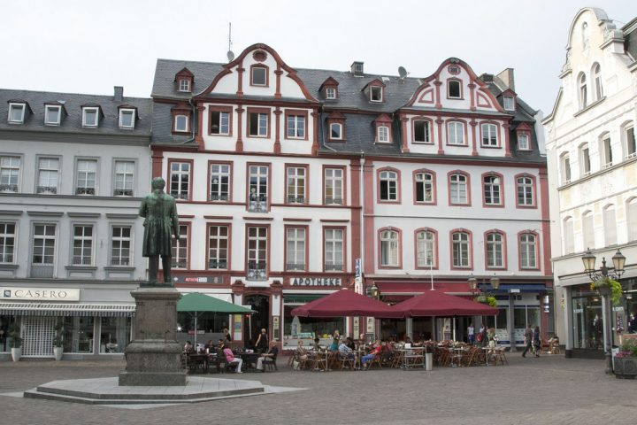 photo credit: Koblenz20130729_0142 via photopin (license)