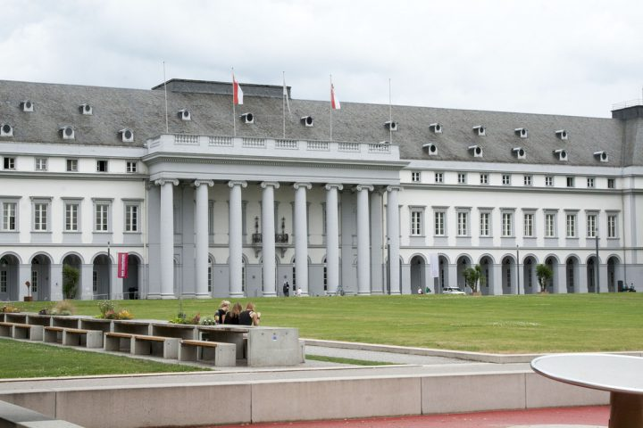 photo credit: Koblenz20130729_0005 via photopin (license)