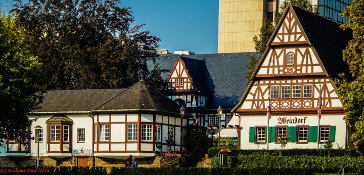 photo credit: Koblenz, Weindorf via photopin (license)