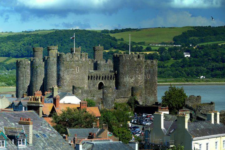 グウィネズのエドワード1世の城郭と市壁の画像 p1_17