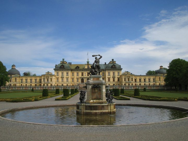 photo credit: Drottningholm Palace - back via photopin (license)