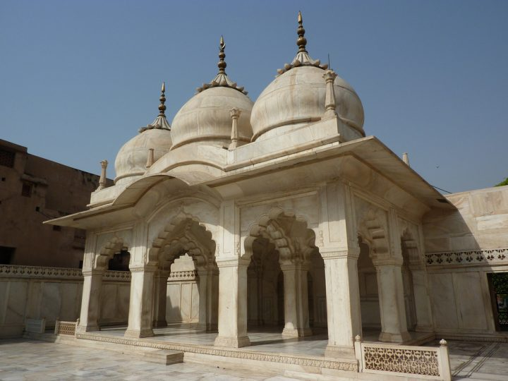 photo credit: Nagina Masjid or Jewel Mosque, built by Shah Jahan, 1635 via photopin (license)
