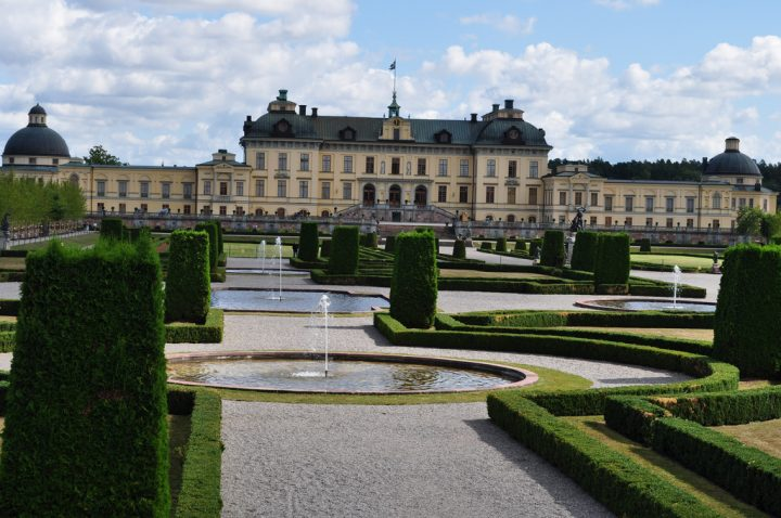 photo credit: Château de Drottningholm, Stockholm, Suède. via photopin (license)