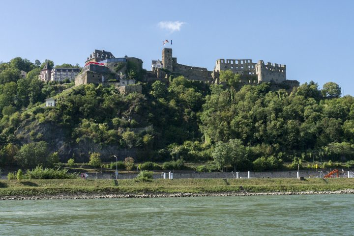 photo credit: Burg Rheinfels via photopin (license)