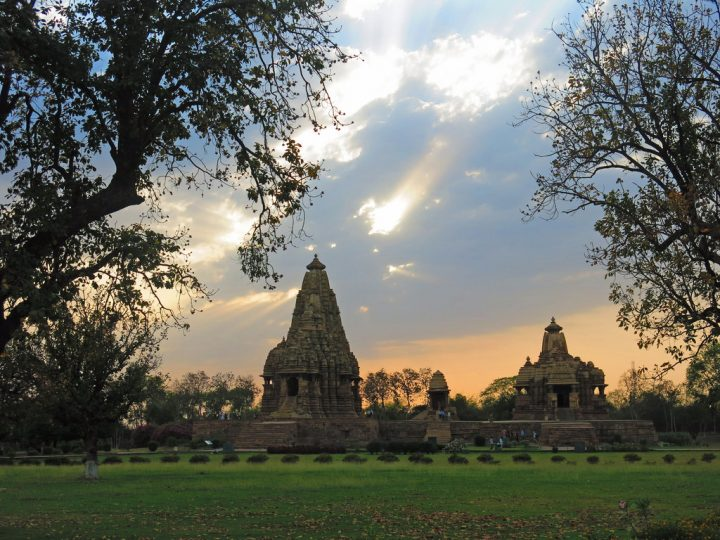 photo credit: Khajuraho Tempel 1 via photopin (license)