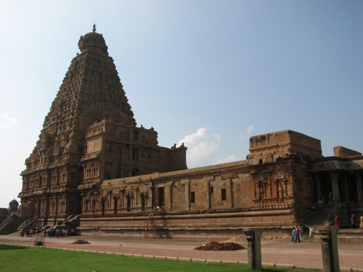 photo credit: Brihadeeswara Temple, Thanjavur via photopin (license)
