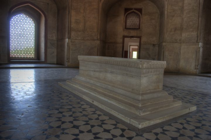 photo credit: Humayun's Cenotaph via photopin (license)