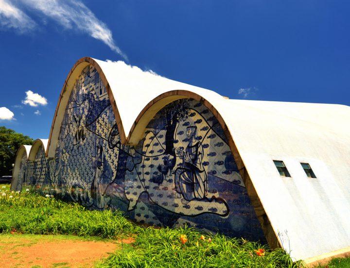 photo credit: Igreja São Francisco de Assis em Belo Horizonte, Brasil via photopin (license)