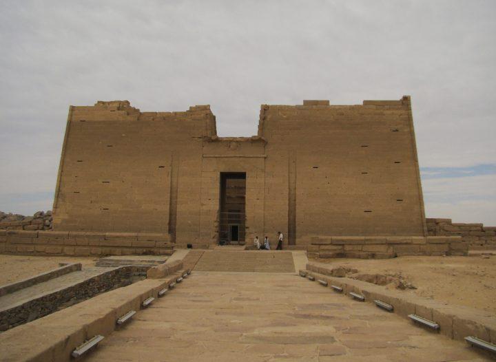 photo credit: The Temple at Kalabsha (I) via photopin (license)