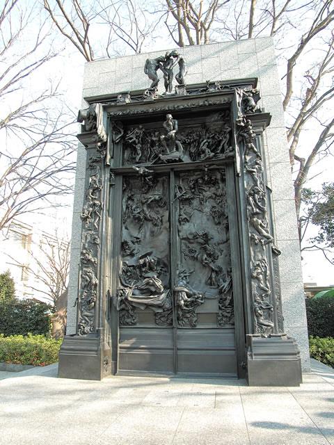 国立西洋美術館本館|ル・コルビュジエの建築作品-近代建築運動への顕著な貢献- (地獄の門)