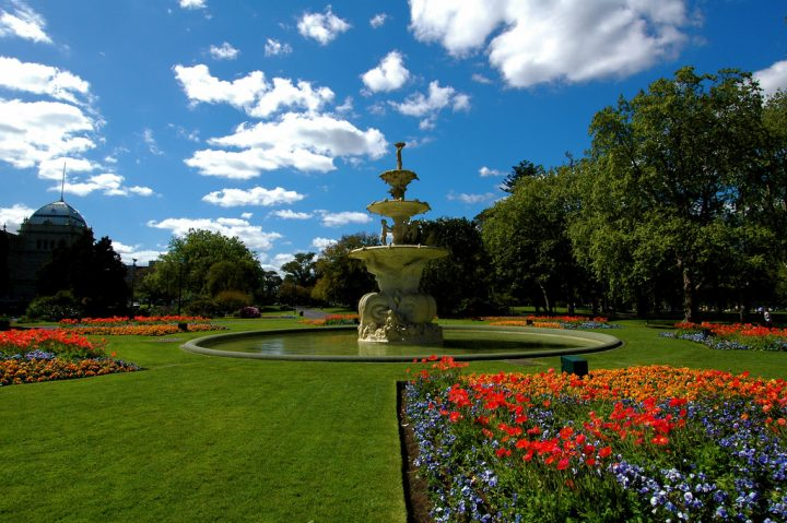photo credit: carlton gardens via photopin (license)